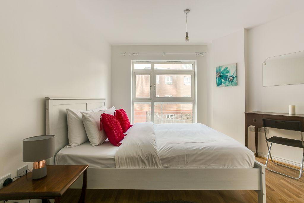 image 4 furnished 1 bedroom Apartment for rent in Hackney Central, Hackney