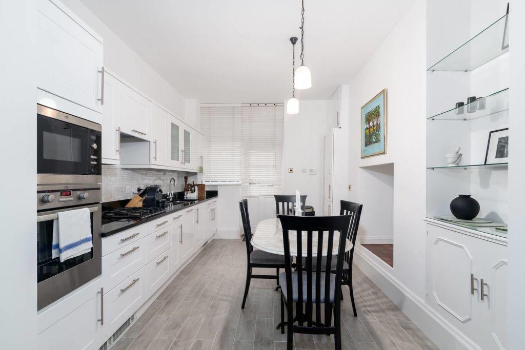 image 6 furnished 1 bedroom Apartment for rent in Kensington, Kensington Chelsea