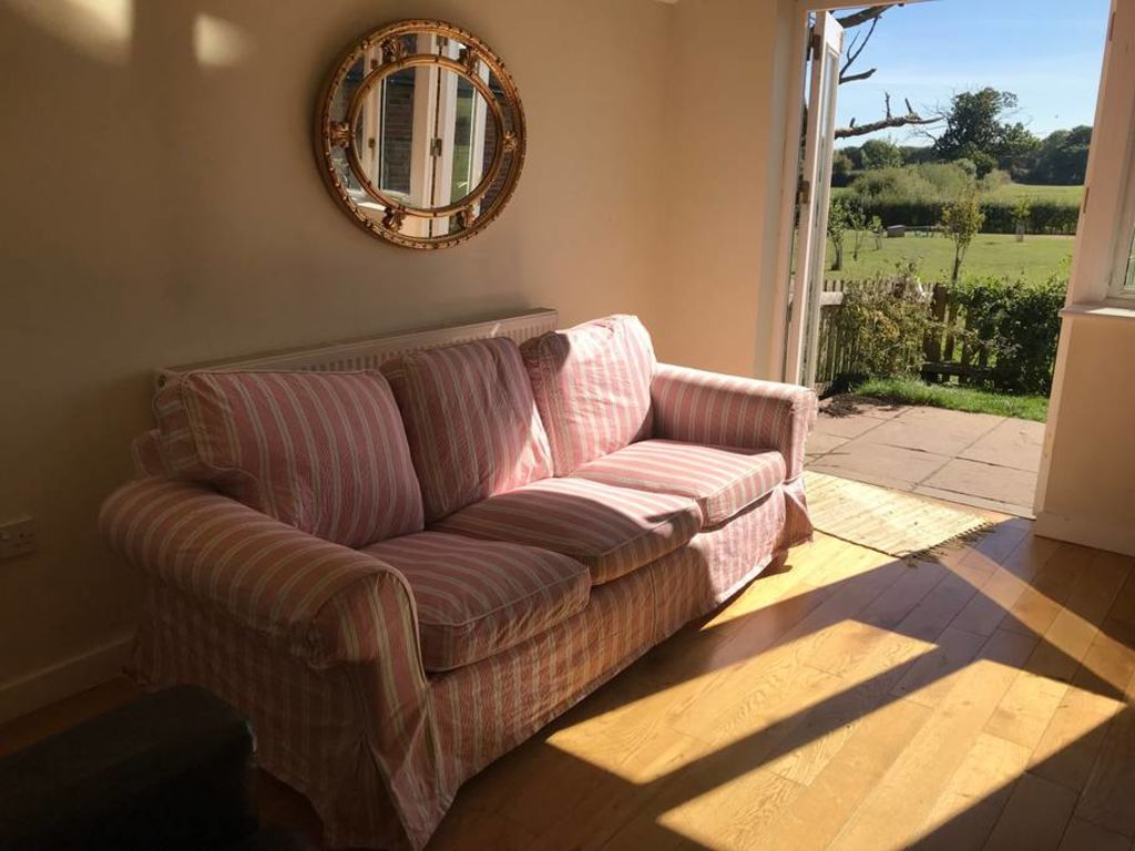image 4 furnished 1 bedroom Apartment for rent in West Berkshire, Berkshire