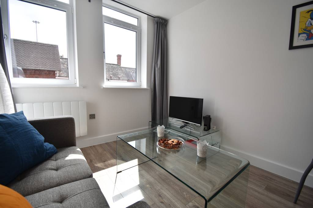 image 4 furnished 1 bedroom Apartment for rent in Earlsdon, Coventry