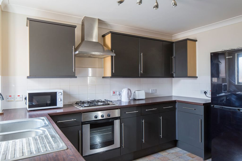 image 3 furnished 2 bedroom Apartment for rent in Medway, Kent