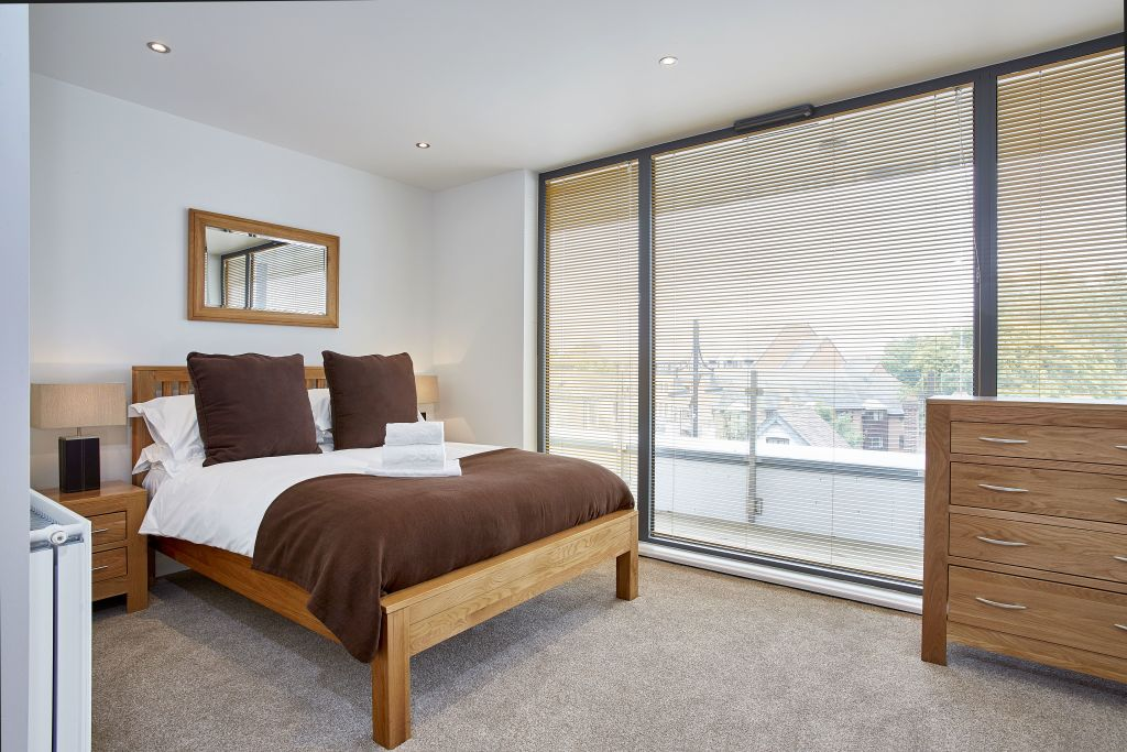 image 4 furnished 1 bedroom Apartment for rent in Spelthorne, Surrey