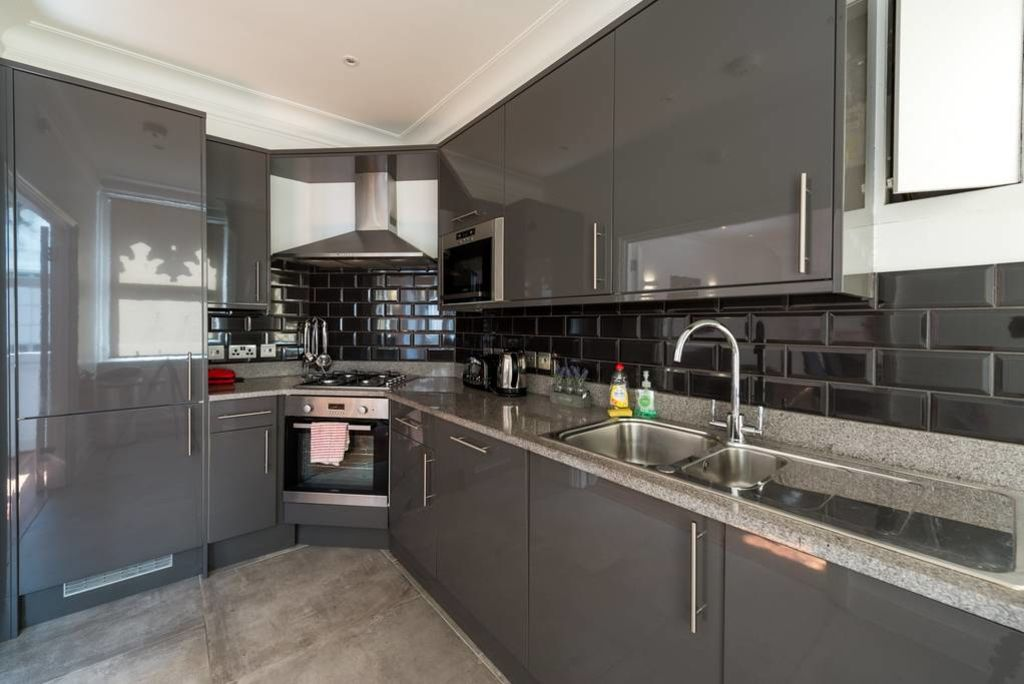 image 4 furnished 2 bedroom Apartment for rent in Castle Baynard, City of London