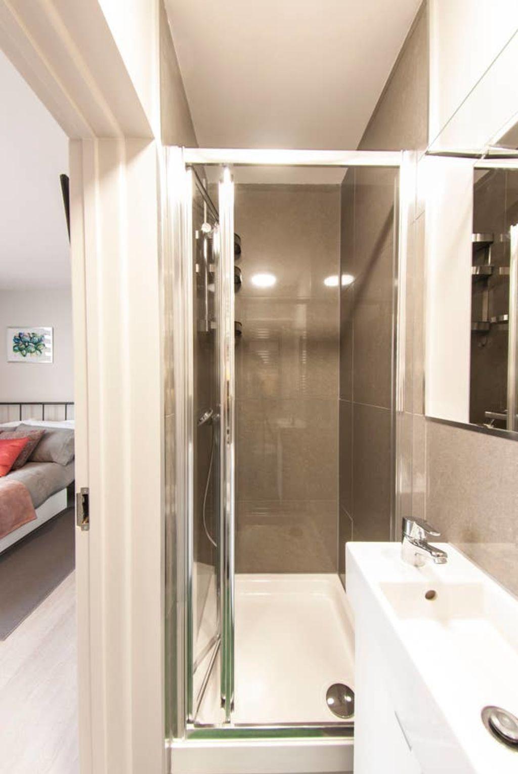 image 5 furnished 1 bedroom Apartment for rent in Cricklewood, Barnet