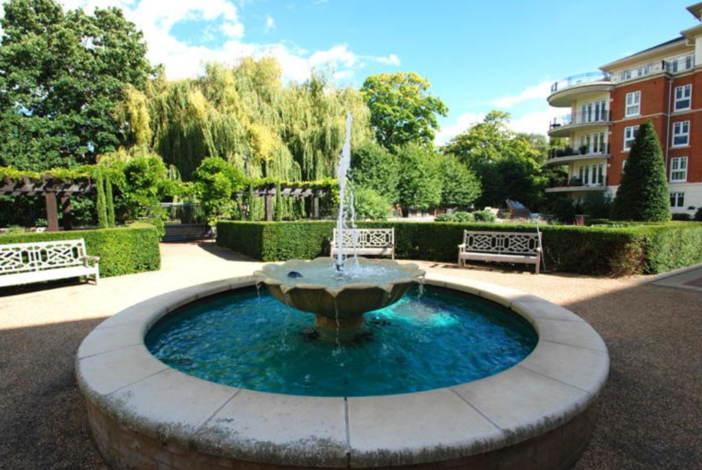 image 10 furnished 1 bedroom Apartment for rent in Twickenham, Richmond upon Thames