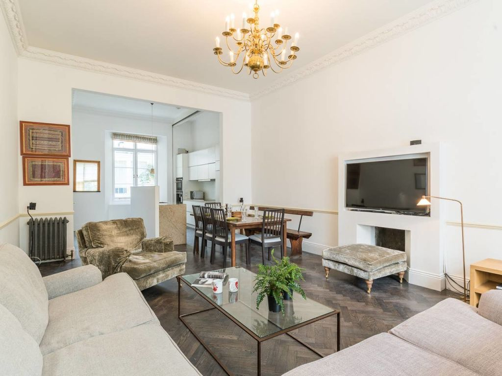 image 4 furnished 3 bedroom Apartment for rent in Enfield Town, Enfield