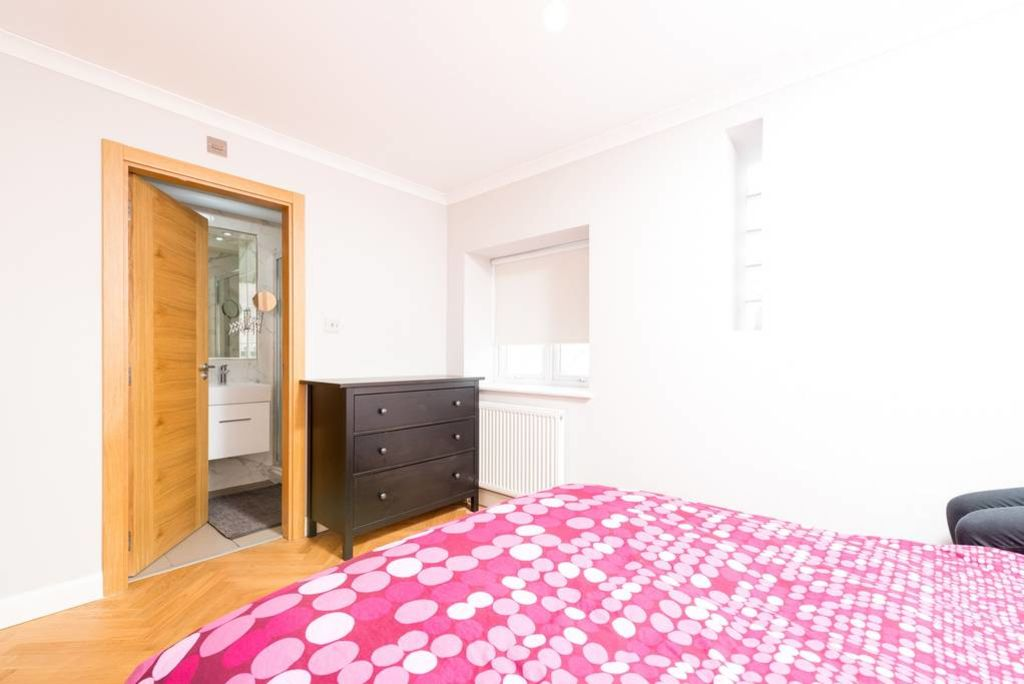 image 7 furnished 1 bedroom Apartment for rent in Golders Green, Barnet