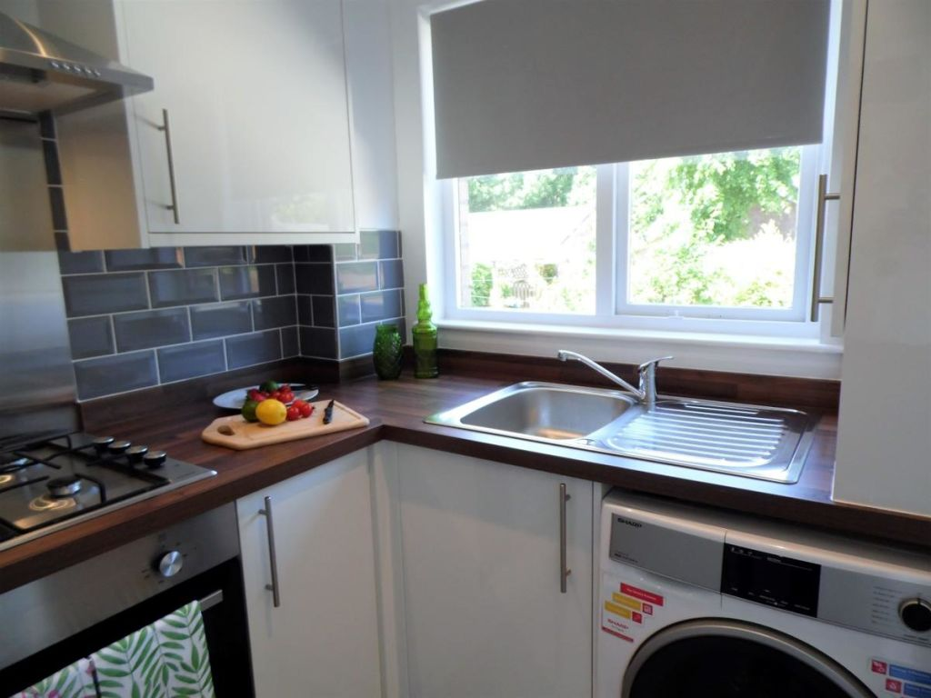 image 7 furnished 2 bedroom Apartment for rent in Glasgow, Scotland