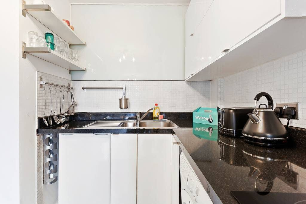 image 3 furnished 2 bedroom Apartment for rent in Bethnal Green, Tower Hamlets