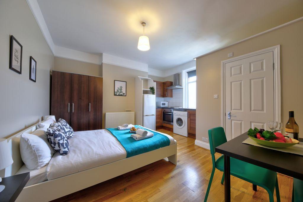 image 8 furnished 1 bedroom Apartment for rent in Cricklewood, Barnet