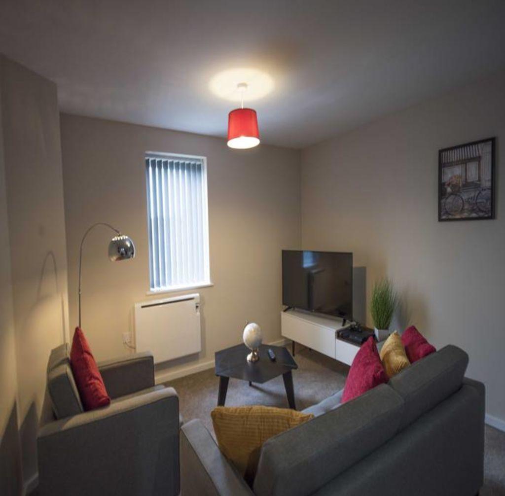 image 2 furnished 2 bedroom Apartment for rent in Longford, Hillingdon