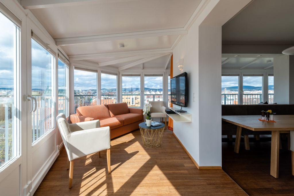 image 1 furnished 3 bedroom Apartment for rent in Josefstadt, Vienna