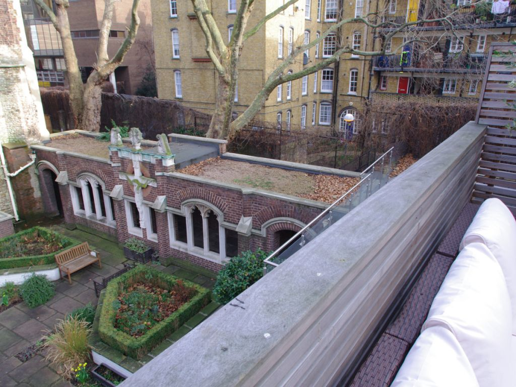 image 8 furnished 2 bedroom Apartment for rent in Clerkenwell, Islington