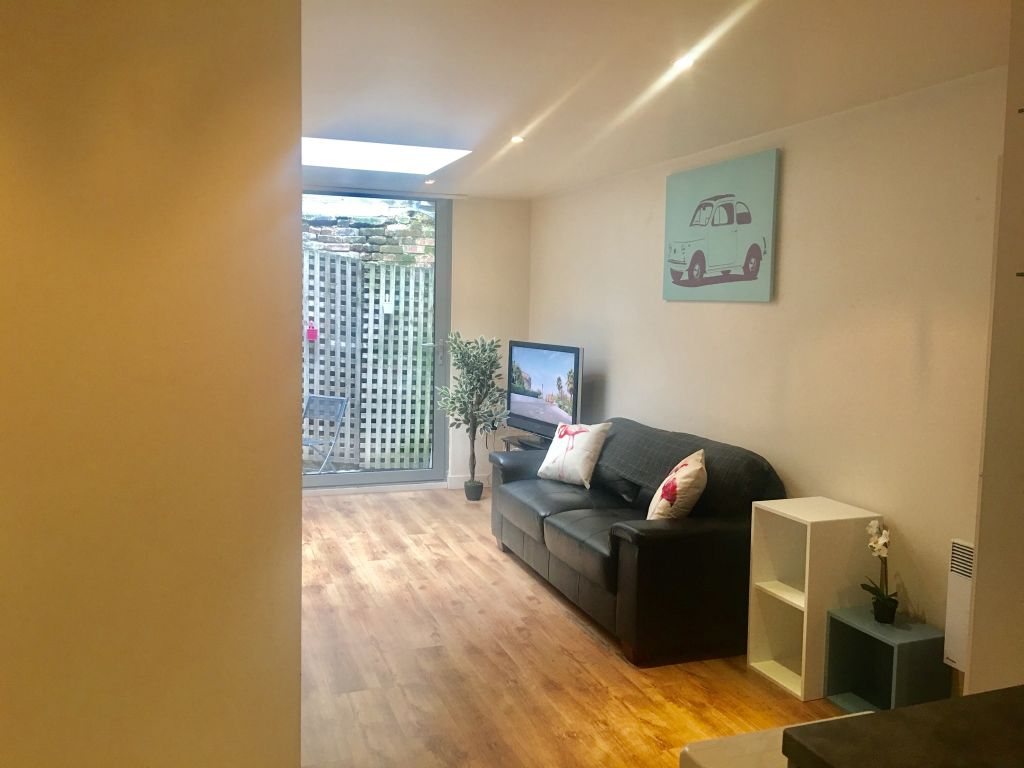 image 3 furnished 1 bedroom Apartment for rent in Bethnal Green, Tower Hamlets