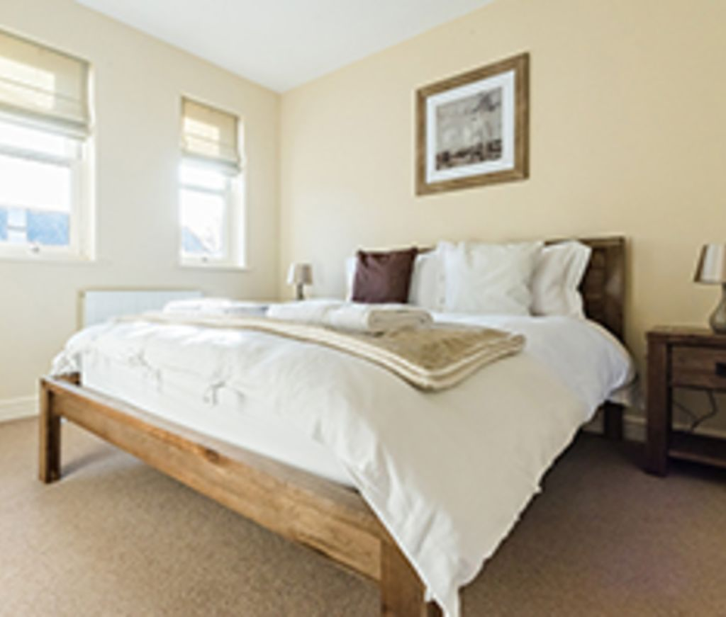 image 4 furnished 4 bedroom Apartment for rent in South Wimbledon, Merton