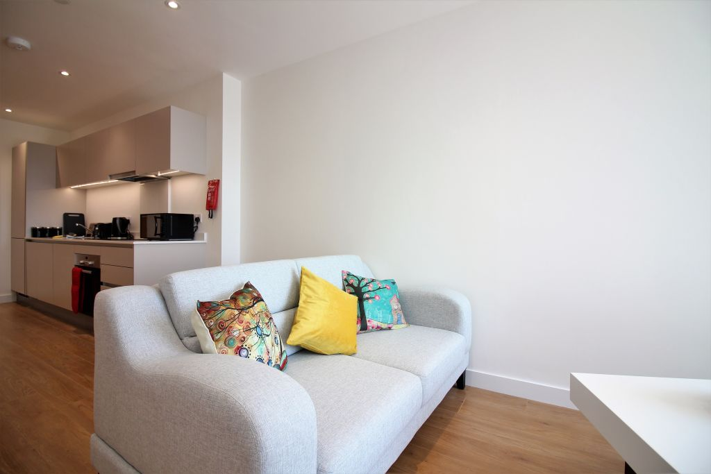 image 8 furnished 2 bedroom Apartment for rent in Bracknell Forest, Berkshire