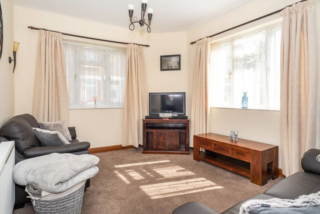 image 3 furnished 3 bedroom Apartment for rent in City of York, North Yorkshire NE