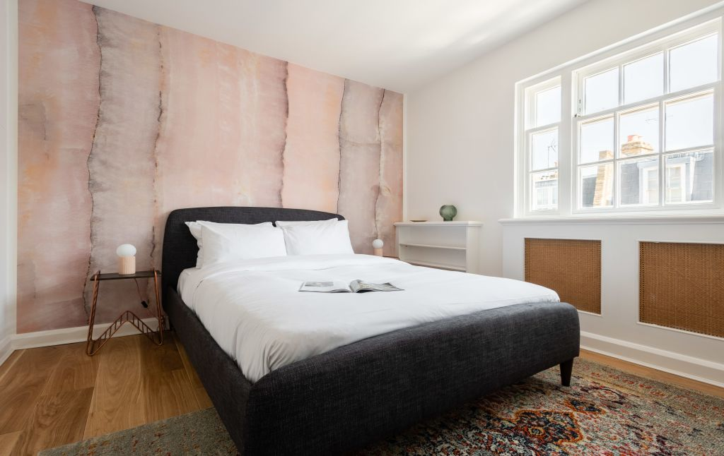 image 2 furnished 2 bedroom Apartment for rent in Chelsea, Kensington Chelsea