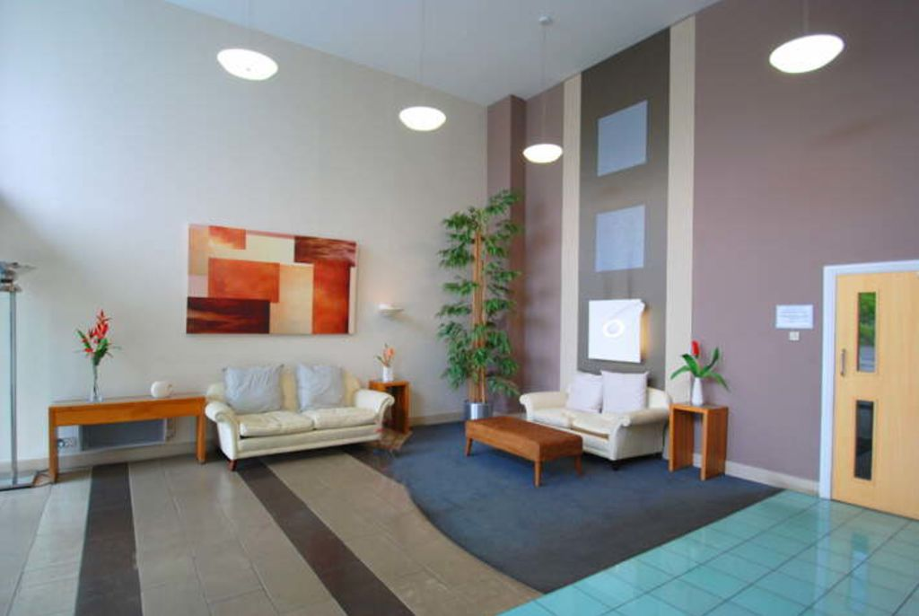 image 5 furnished 1 bedroom Apartment for rent in Brentford, Hounslow