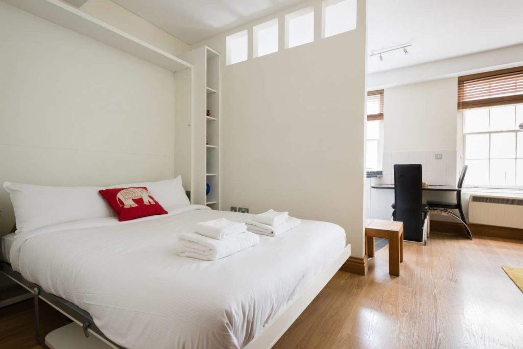 image 6 furnished 1 bedroom Apartment for rent in Cheap, City of London