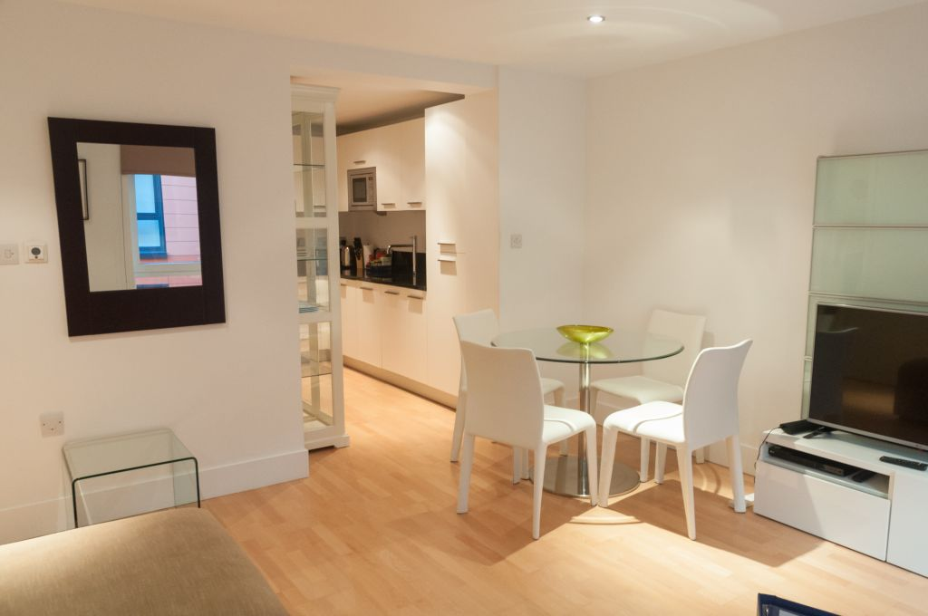 image 5 furnished 1 bedroom Apartment for rent in Queenhithe, City of London