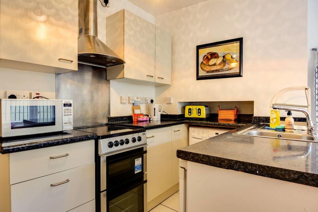 image 10 furnished 2 bedroom Apartment for rent in Hackney Downs, Hackney