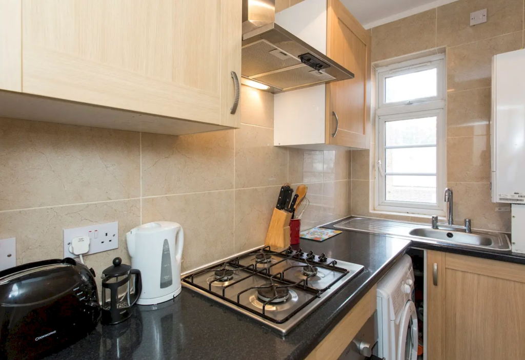 image 5 furnished 1 bedroom Apartment for rent in Little Venice, City of Westminster