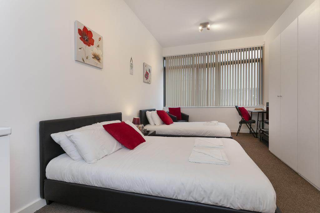image 1 furnished 1 bedroom Apartment for rent in Sefton, Merseyside