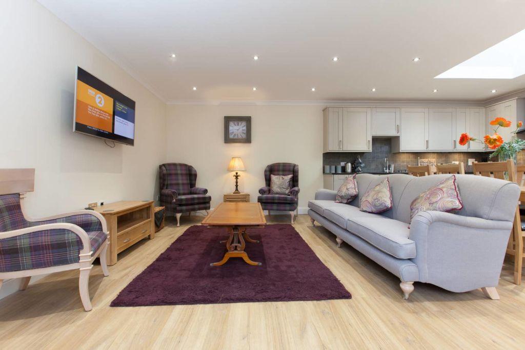 image 4 furnished 3 bedroom Apartment for rent in Edinburgh, Scotland