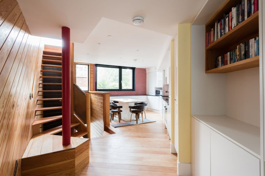 image 2 furnished 3 bedroom Apartment for rent in Kentish Town, Camden