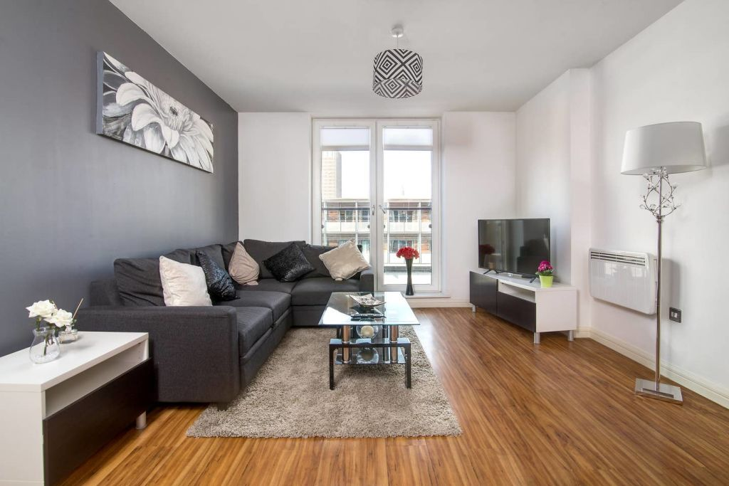 image 1 furnished 2 bedroom Apartment for rent in Edgbaston, Birmingham
