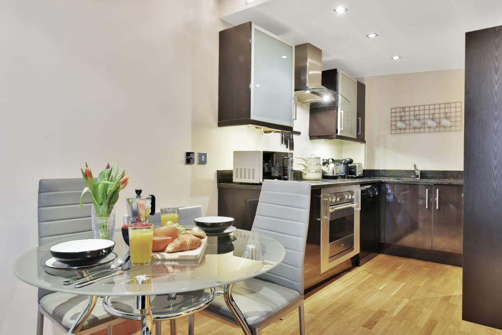 image 6 furnished 2 bedroom Apartment for rent in Limehouse, Tower Hamlets