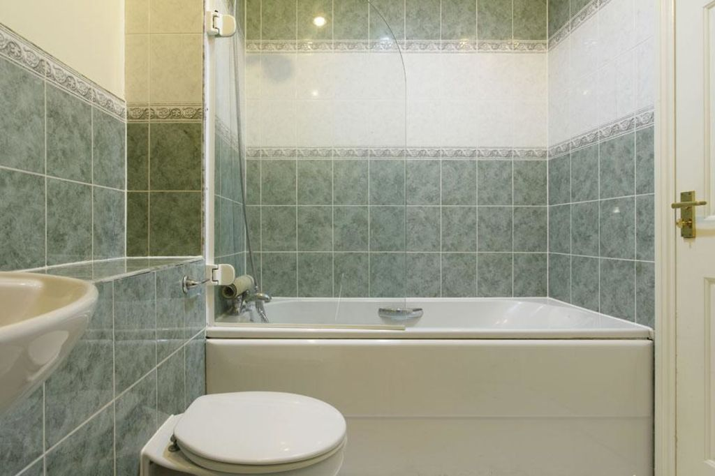 image 4 furnished 2 bedroom Apartment for rent in Dacorum, Hertfordshire
