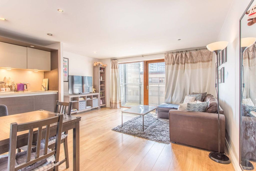 image 2 furnished 1 bedroom Apartment for rent in Bow, Tower Hamlets