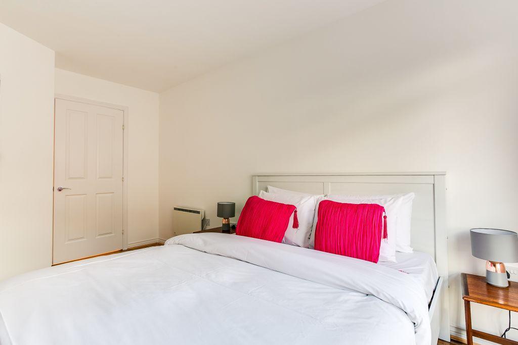 image 6 furnished 1 bedroom Apartment for rent in Hackney Central, Hackney