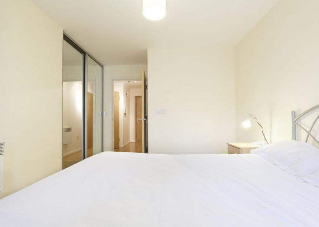 image 2 furnished 2 bedroom Apartment for rent in Dacorum, Hertfordshire