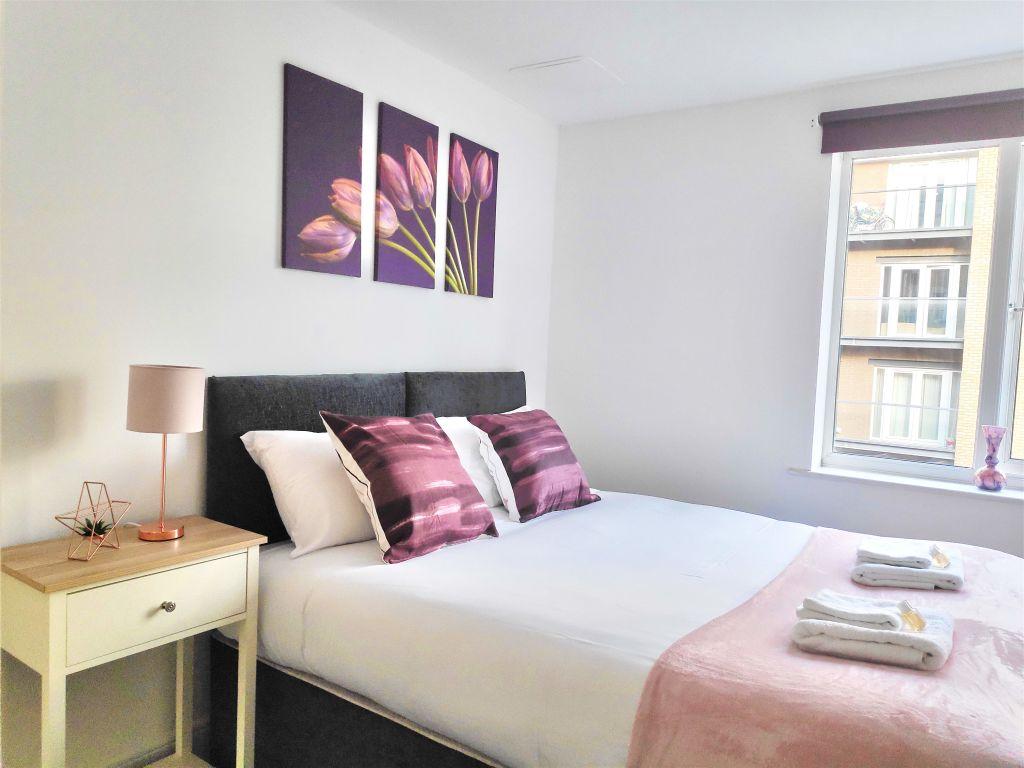 image 1 furnished 2 bedroom Apartment for rent in Dartford, Kent