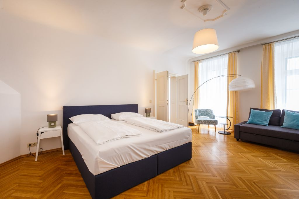 image 1 furnished 3 bedroom Apartment for rent in Innere Stadt, Vienna