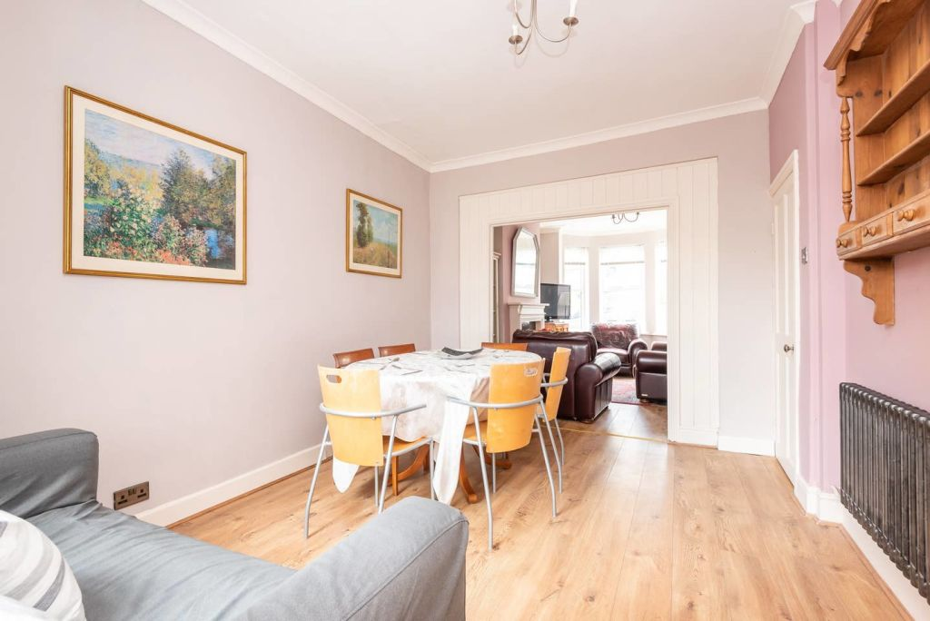 image 7 furnished 3 bedroom Apartment for rent in City of York, North Yorkshire NE