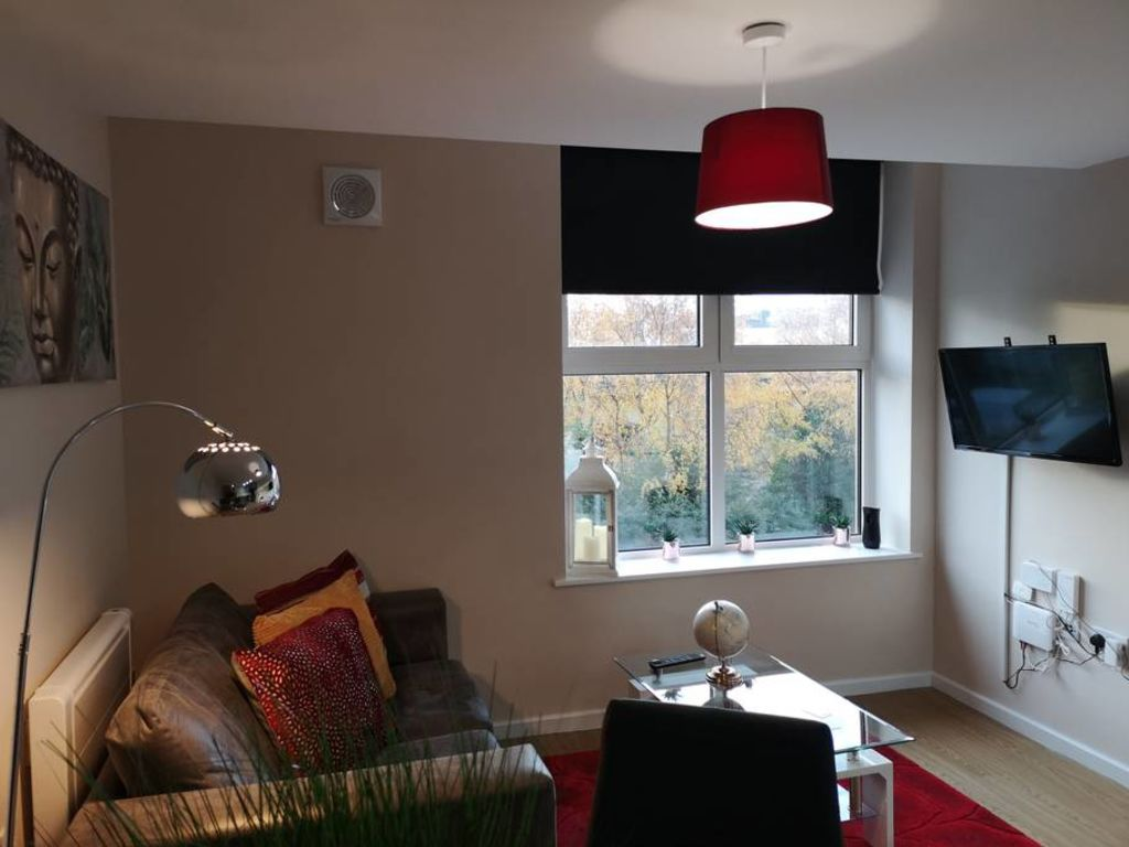 image 1 furnished 1 bedroom Apartment for rent in Trafford, Greater Manchester