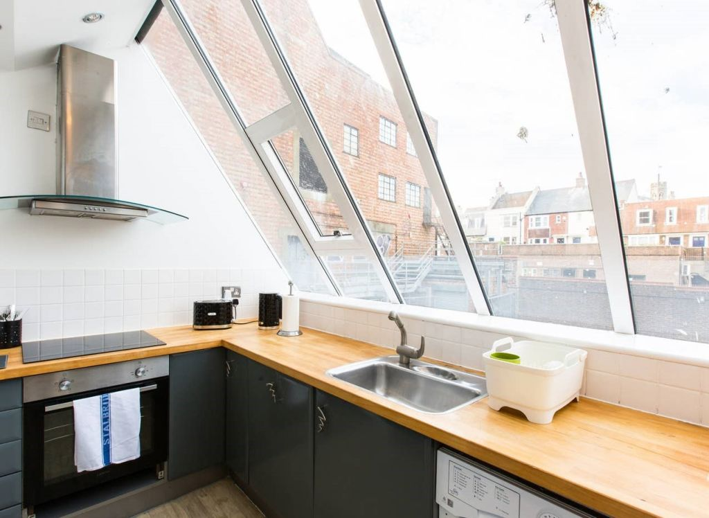 image 7 furnished 2 bedroom Apartment for rent in Brighton - Hove, East Sussex