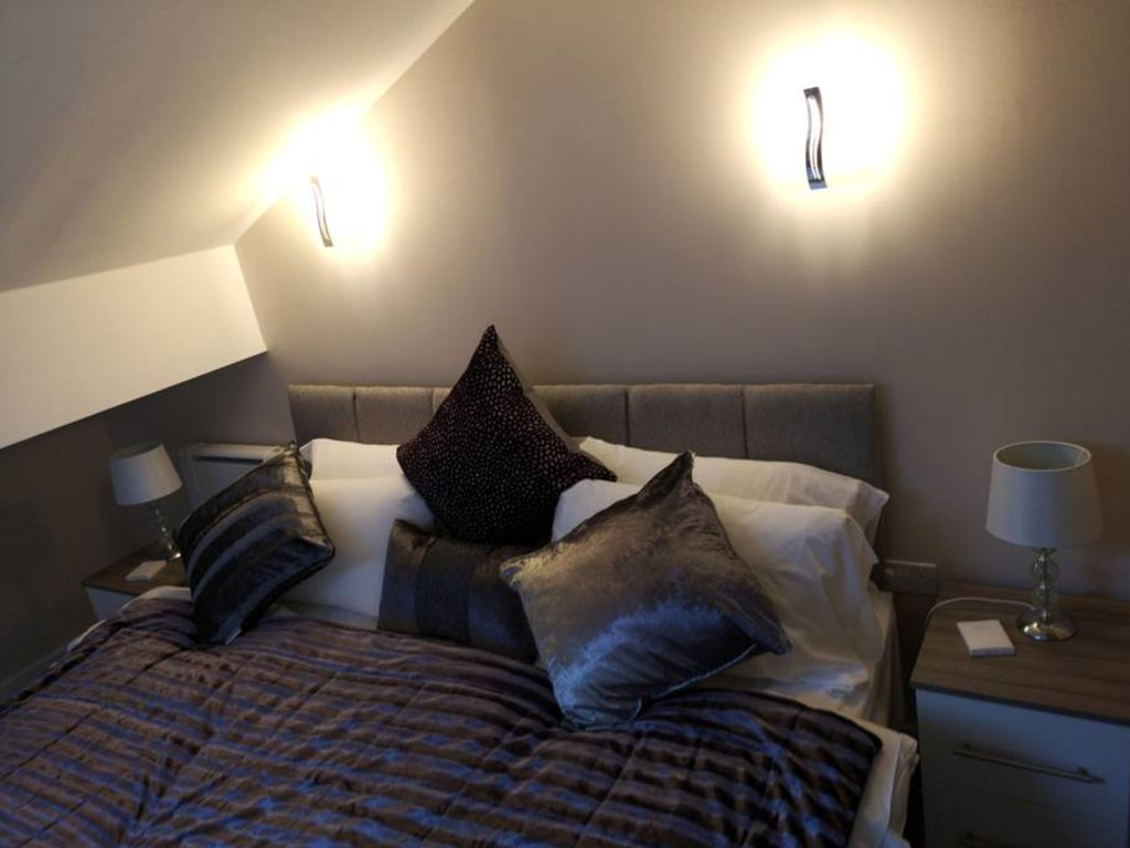 image 5 furnished 1 bedroom Apartment for rent in Trafford, Greater Manchester