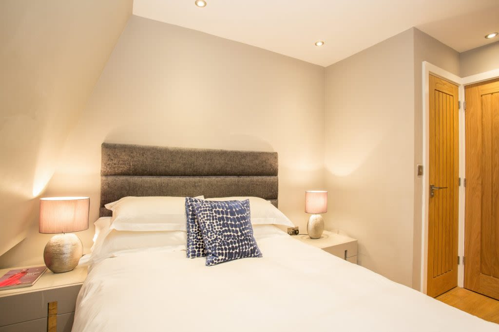 image 10 furnished 5 bedroom Apartment for rent in Westminster, City of Westminster