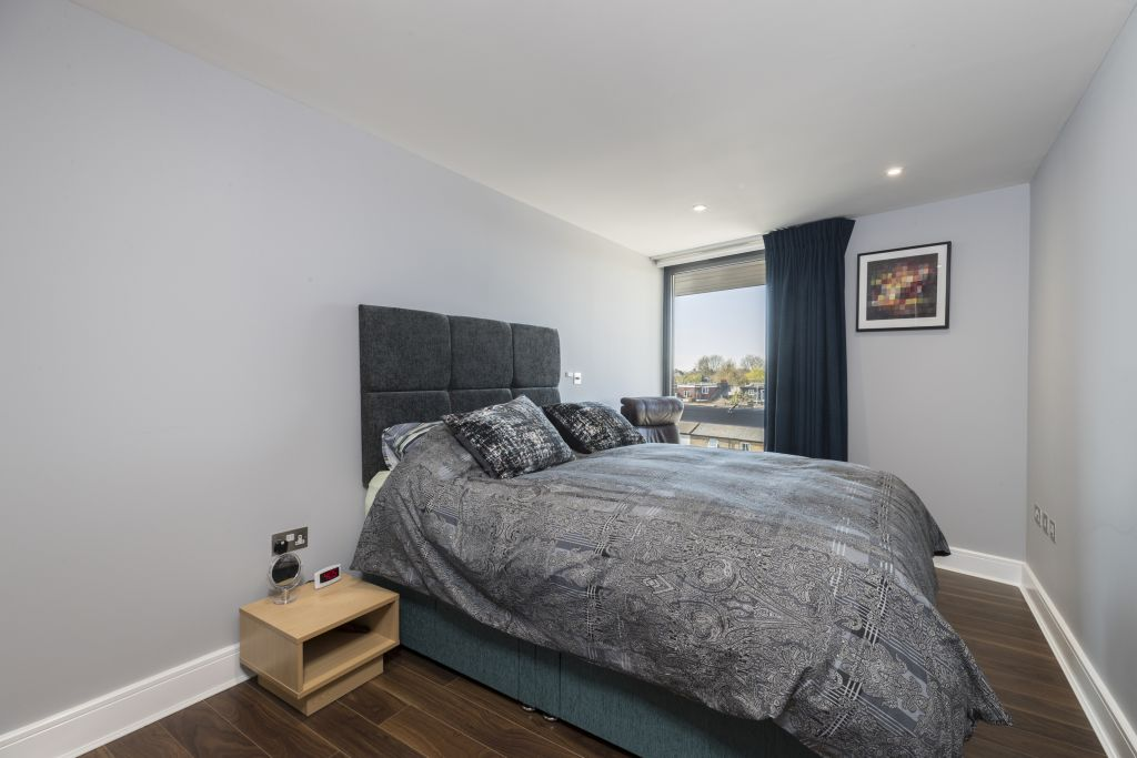 image 8 furnished 2 bedroom Apartment for rent in Richmond, Richmond upon Thames