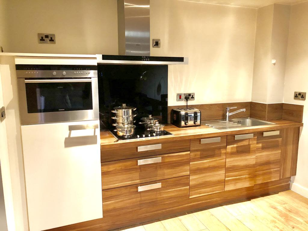 image 2 furnished 2 bedroom Apartment for rent in Sheffield, South Yorkshire