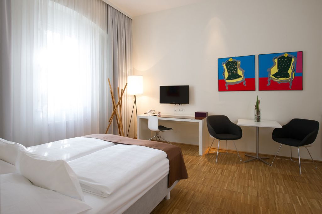 image 1 furnished 1 bedroom Apartment for rent in Linz, Upper Austria