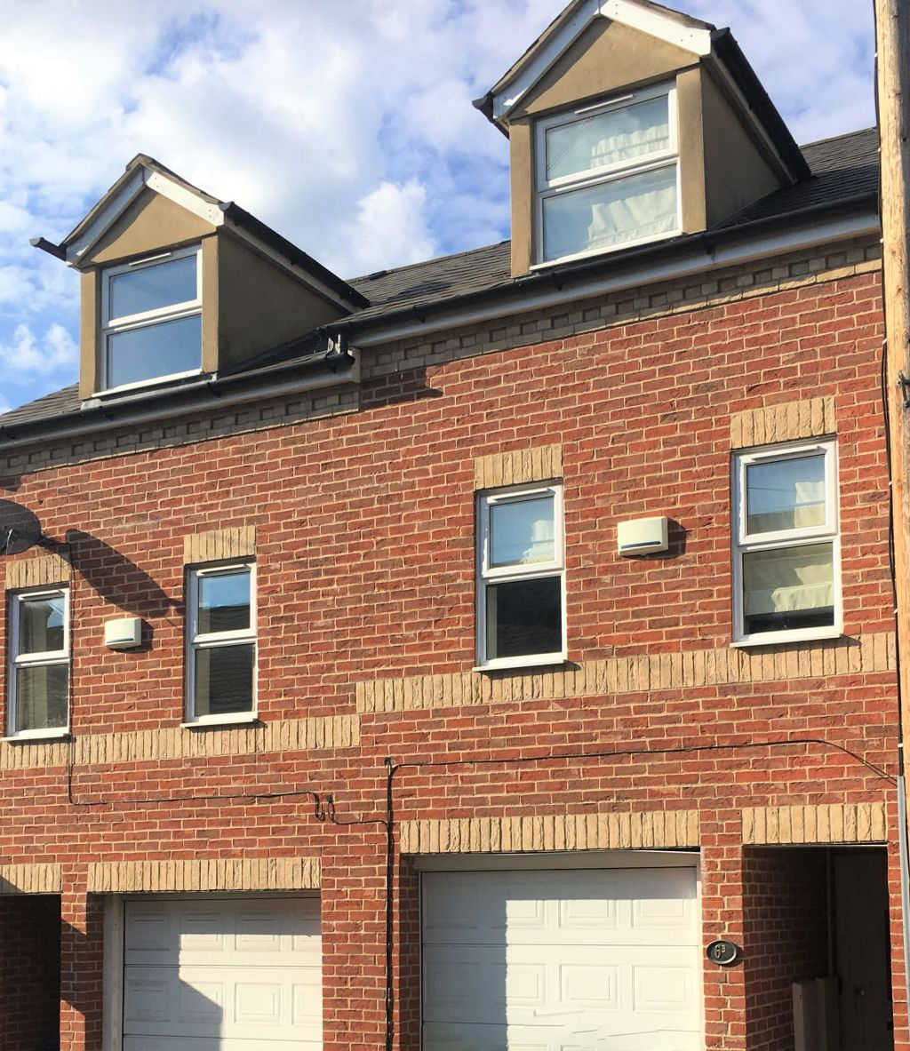 image 2 furnished 3 bedroom Apartment for rent in Oxford, Oxfordshire