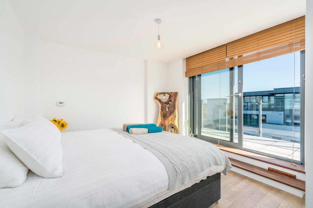 image 6 furnished 1 bedroom Apartment for rent in Tottenham Hale, Haringey