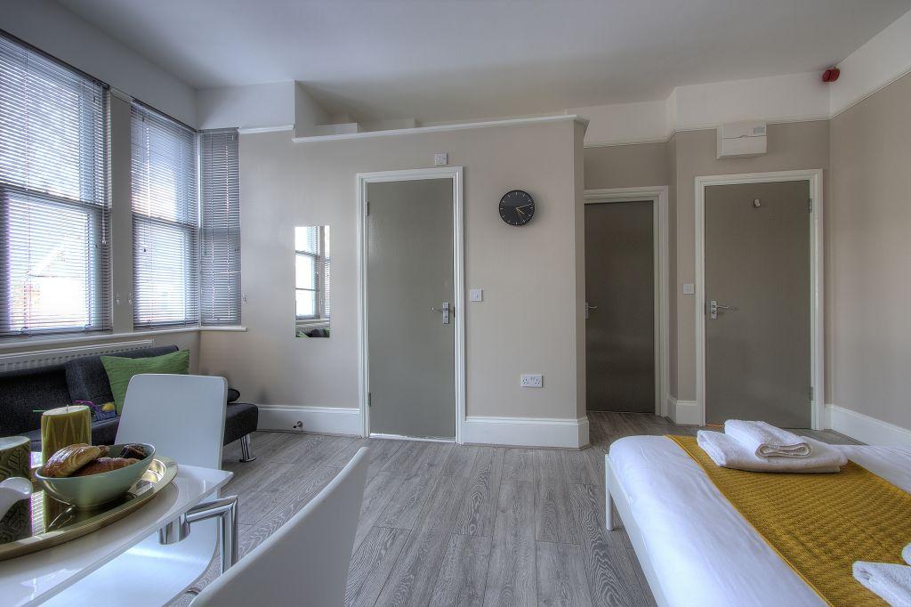 image 7 furnished 1 bedroom Apartment for rent in Cricklewood, Barnet