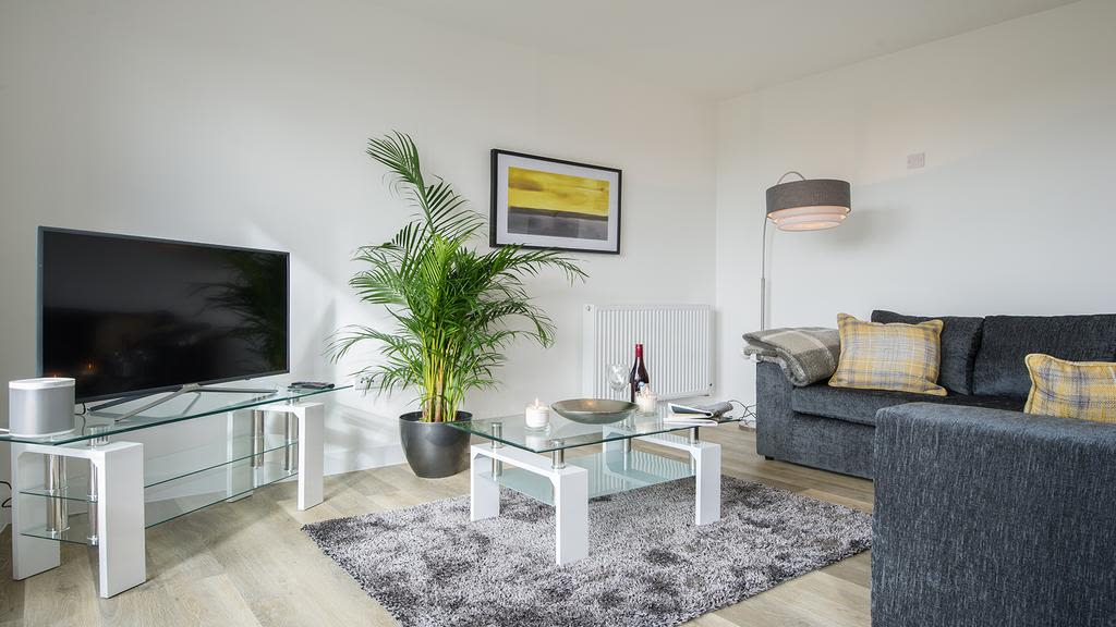 image 4 furnished 2 bedroom Apartment for rent in South Cambridgeshire, Cambridgeshire